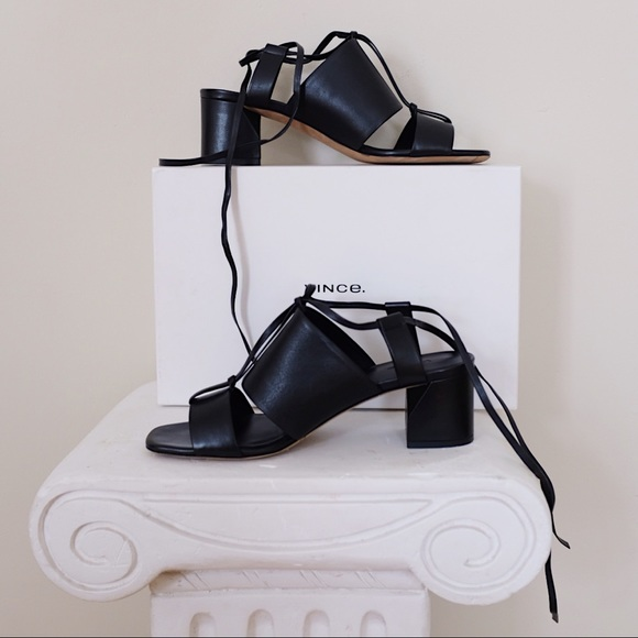 NWT Vince Dunaway Ankle-Wrap Leather Sandals